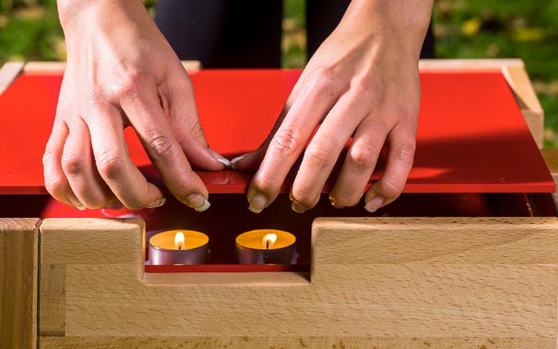 Wärmehocker aus Holz, Würfel-Gestell